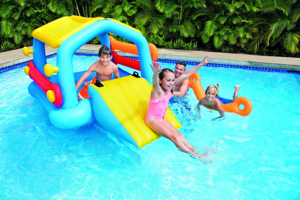 Le gonflable intex pour piscines prix mini for Toboggan gonflable piscine