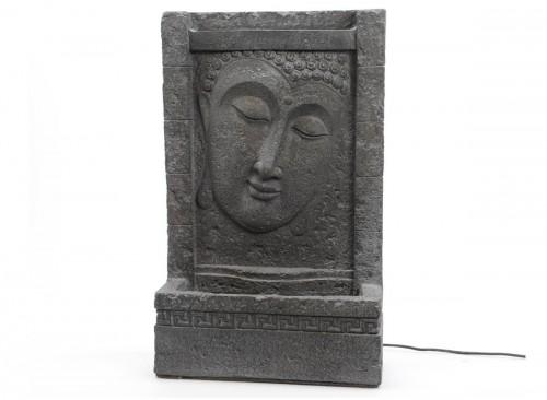 Fontaine avec fresque de Bouddha
