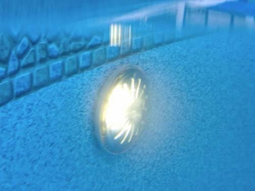 Eclairage piscine lot de 2 projecteur blanc gr piscine for Lumiere led piscine hors sol