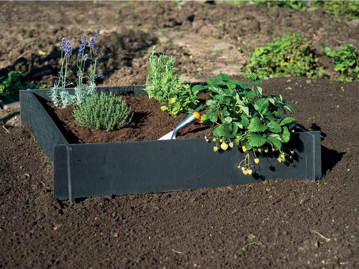 carr potager en pvc recycl id al pour le jardin nature