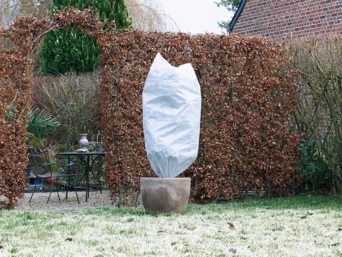Voile d\'hivernage et Housse de jardin pour plantes