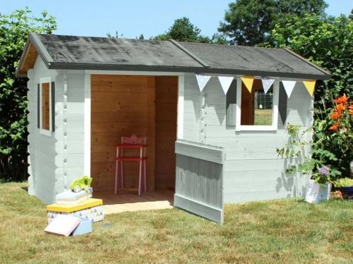 Cabane pour enfant maisonnette en bois pvc smoby soulet - Plan pour maisonnette en bois ...