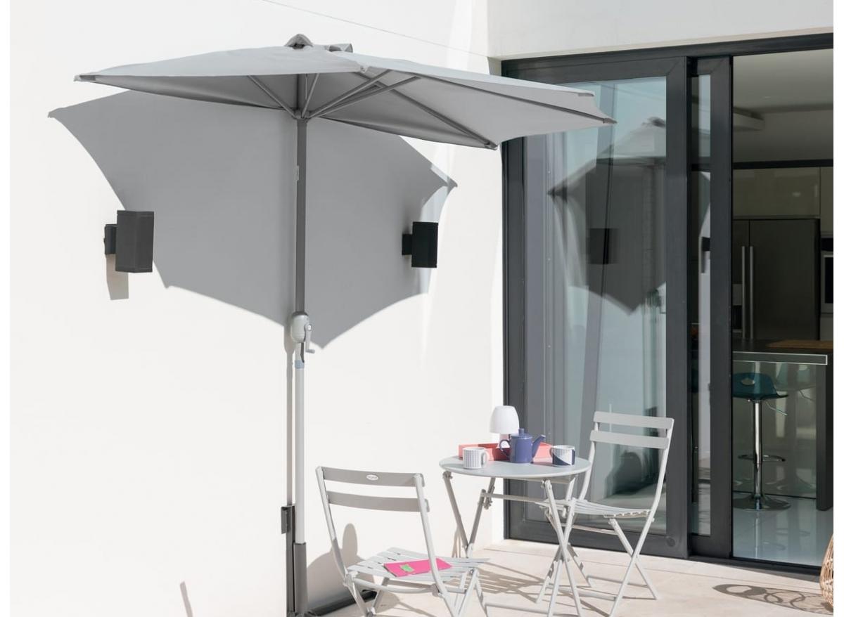 Demi parasol de balcon Hespéride modèle Serena couleur au choix