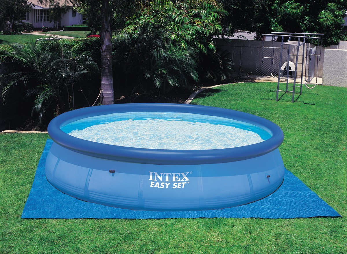 Tapis de sol pour piscine hors sol intex jardideco for Piscine intex hors sol