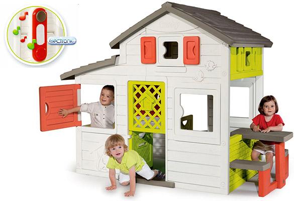 La Friends House Avec Plusieurs Espaces De Jeux Cette Maisonnette De Jardin Smoby