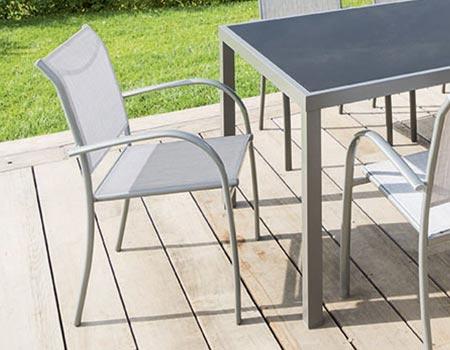 fauteuil hesperide petite table de jardin avec chaises de. Black Bedroom Furniture Sets. Home Design Ideas