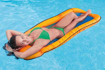 Matelas de piscine semi immerg intex mod le maille for Matelas piscine
